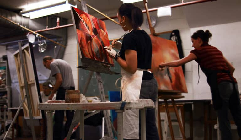 "Painting students art league school"" by George - Own work. Licensed under CC BY-SA 3.0 
